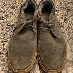 Calvin Klein Mens Gray Suede Chukka Boots